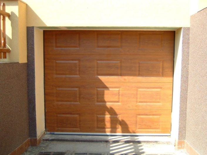 garážová vrata, dekor dřevo